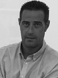 JORGE AGUILAR ESCRIBANO Licenciado en Empresariales empezó su carrera profesional como camarero en Medems en 1995. Después de 9 años se incorporó a la ... - Jorge-Aguilar--biografia