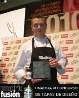 """Javier González López Finalista en el VI Concurso de Tapas de Diseño con su receta """"Polvorón de Huevos con beicon Ibérico"""" Madrid Fusión 27 de enero de 2010"""